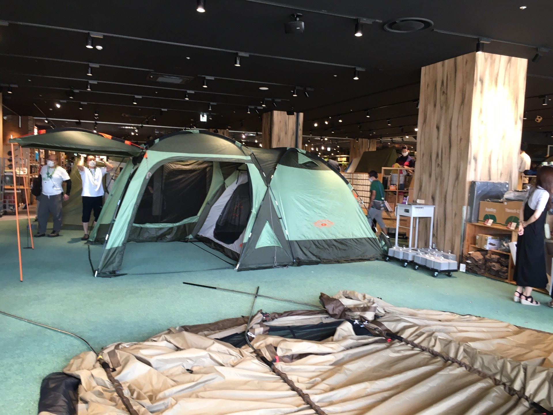 tent space2